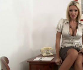 Genç bayan zengin patronuna siktirdi
