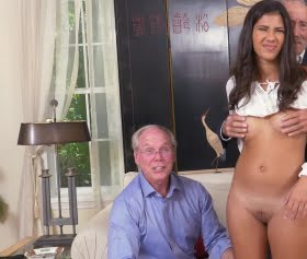 Latin kadını siken yaşlı adamlar