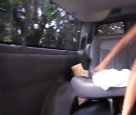 Anya Ivy acımasız sikişler bu sefer arabada