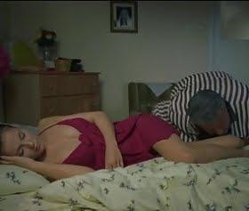 rus kızı uyuken tazciz edip sikiyor abimiz