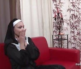 sxi katolik rahibelerin sikiş anı resimleri