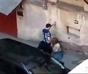 namuslu kızı sokakta sikerek yoldan çıkardı