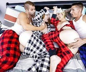 everly haze ve sexy pijama partisi çılgınca