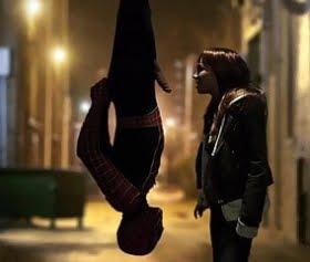 spiderman tersten ash hollywooda saxo çektiriyor