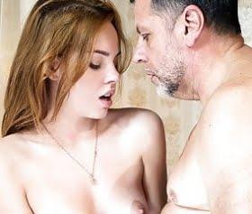 tatlişko rus kızı alt dudaktan yalama