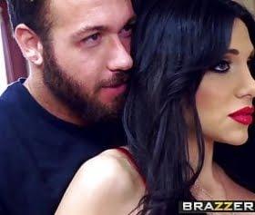 Üzüntü verici Brazzers annesi ile seks yaşayan üvey evlat Mommy